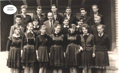 Rūjienas vidusskolas skolēni 1964.gadā - Foto №429
