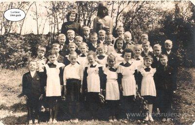 Rūjienas vidusskolas skolēni 1964.gadā - Foto №412